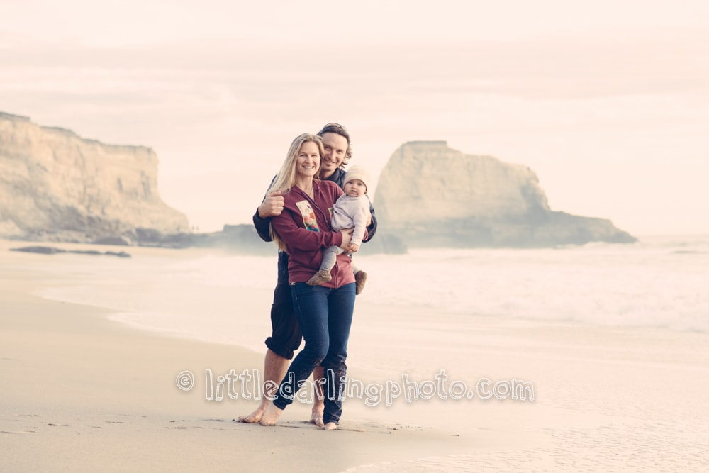 Family-portrait-beach-santa-cruz