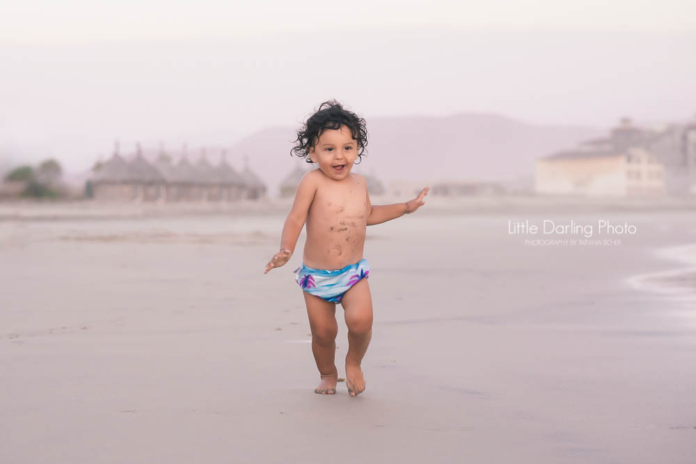 Santa Cruz toddler photographer